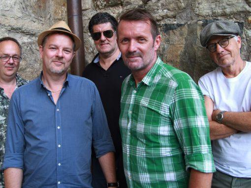 Akustiskt i Växthuset: The Bagari-Hayes Project
